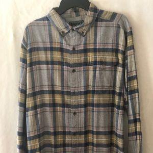 woolrich flannel button up shirt XL NEW